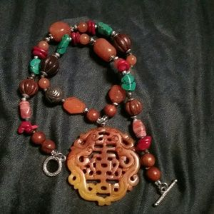 Gorgeous Vintage Asian Jade Necklace